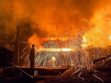 钢铁业结束连续15个月的亏损